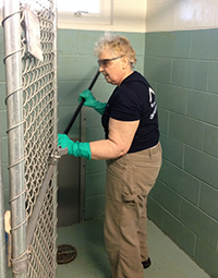 kenai spine volunteers at Kenai Animal Shelter